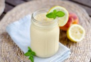 peach-coconut-smoothie
